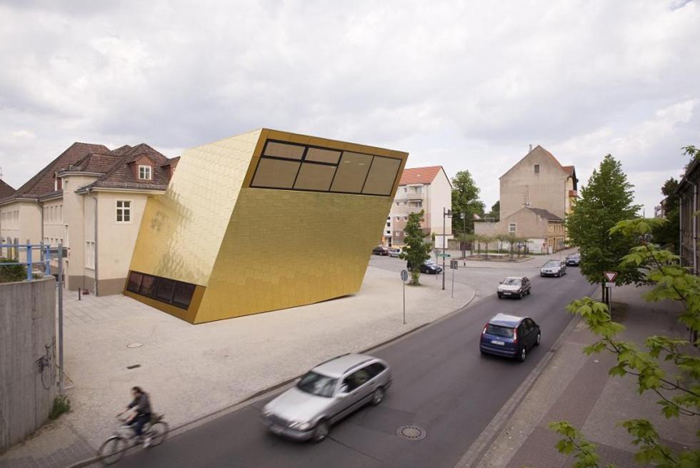 ספריה ציבורית, מבט מהצד, Architect: Martina Wronna, Katharina Feldhusen, Ralf Fleckenstein, Berlin, Photograph: KME Site,
